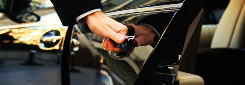 Limo With Driver Rental In Milan